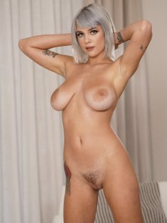 Gabbie Carter posing nude for BRAZZERS in a sexy photo gallery at Morazzia